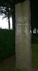 Pacifism: granit obelixen med en av Sveriges första vapenvägrare